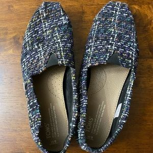 Excellent used condition size 9 Toms